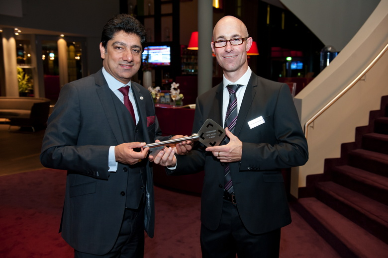 Steigenberger Hotel Bremen Opening Ceremony -Puneet Chhatwal, CEO Steigenberger Hotels AG, and Hotel Director Carlton Courtney at the official handing over of the key