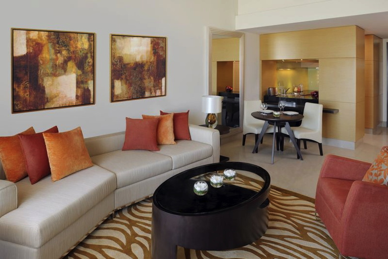 Marriott Executive Apartments Al Jaddaf Al Jaddaf - 1 Bedroom Living and Kitchen