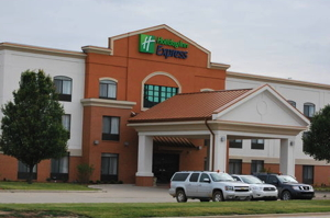Holiday Inn Express Hotel & Suites Bloomington - West