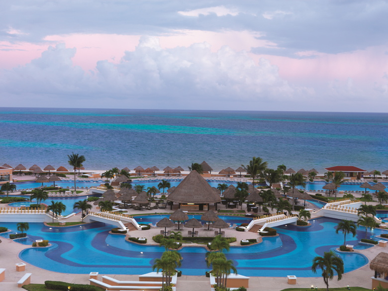 Palace Resorts Cancun