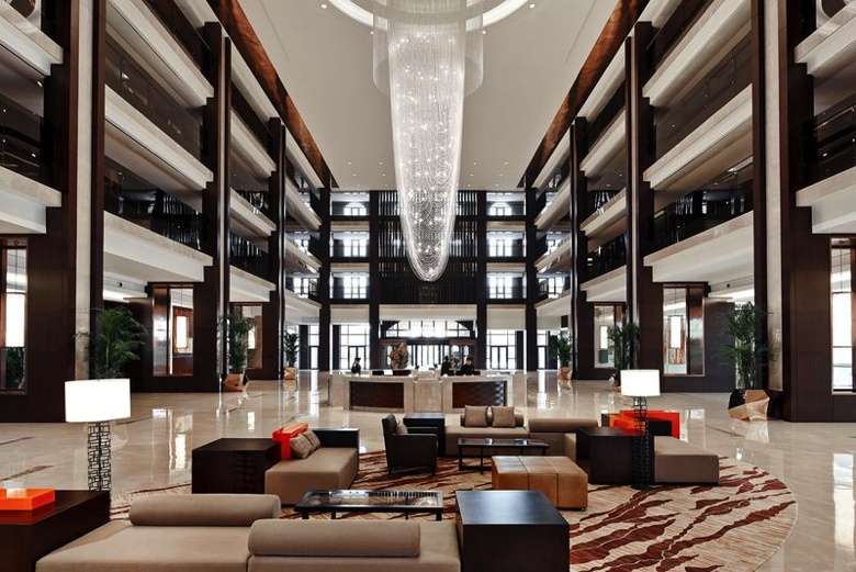 Jixian Marriott Hotel lobby