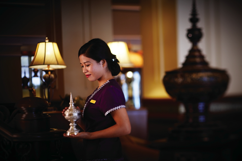 Peacock Lounge at Sule Shangri-La, Yangon