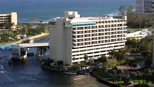 Waterstone Resort & Marina Boca Raton - a DoubleTree by Hilton