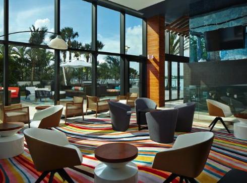 Waterstone Resort & Marina – A DoubleTree by Hilton