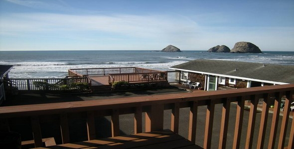 Oceanside Inn in Oceanside, Oregon