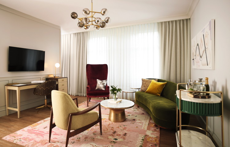 West Elm Hotel hotel room