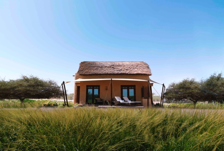 Anantara Al Sahel - Villa Exterior