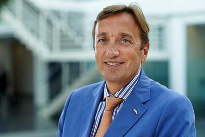 Eric De Neef - Executive Vice President & Chief Commercial Officer - Rezidor