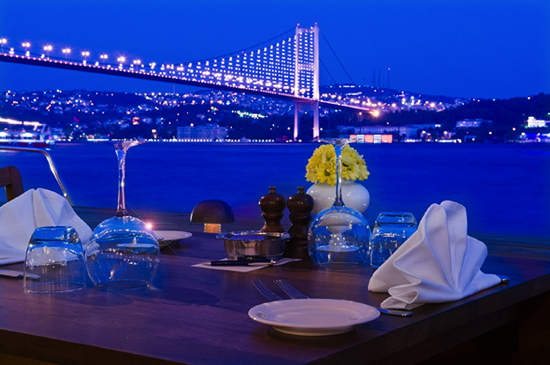 Picture of Istanbul from a restaurant table