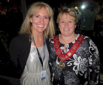 Mayor of Queenstown, Vanessa Van Uden is pictured with Roberta Nedry, President, Hospitality Excellence, Inc.