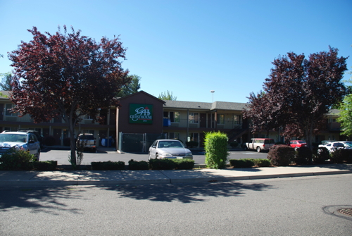 Guesthouse Inn & Suites in Yakima, WA