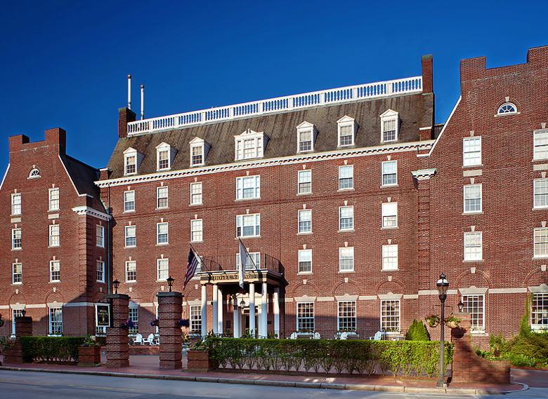 Hotel Viking in Newport, Rhode Island