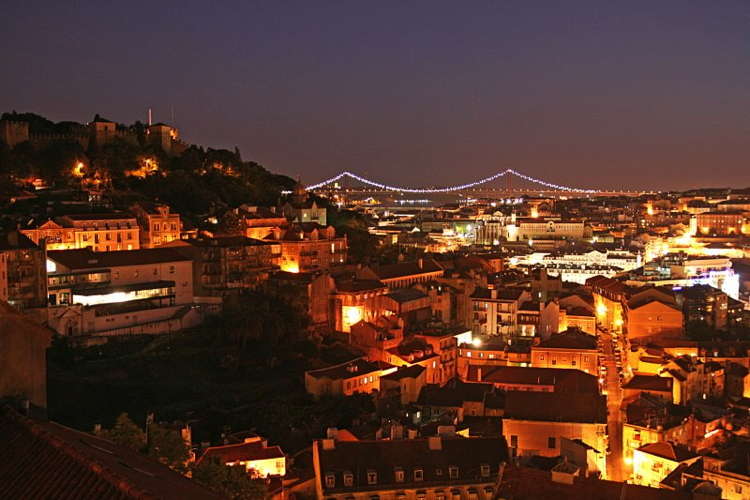 Lisbon at night - Flickr - Creative Commons - Francisco Antunes