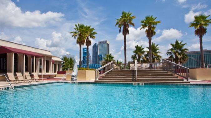 DoubleTree by Hilton Jacksonville Riverfront