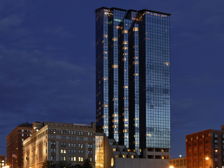 Rooms: Amway Grand Relies On Digital Alchemy To Strengthen Guest