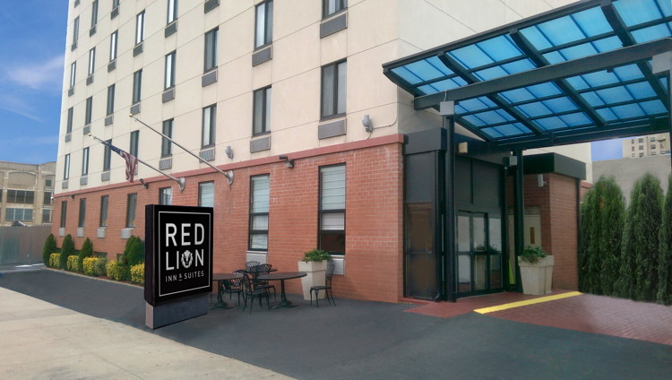 Red Lion Inn & Suites Brooklyn