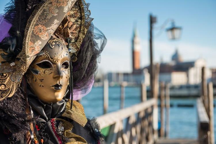 Golden Venetian Carnival Mask (venice)