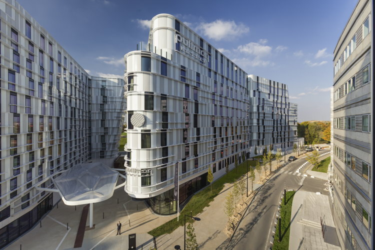 Accorhotels Opens Pullman  U0026 Ibis Styles Hotels At Paris