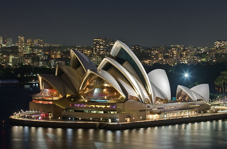 Sydney Opera House - Dec 2008 by Diliff - Own work. Licensed under CC BY-SA 3.0 via Wikimedia Commons