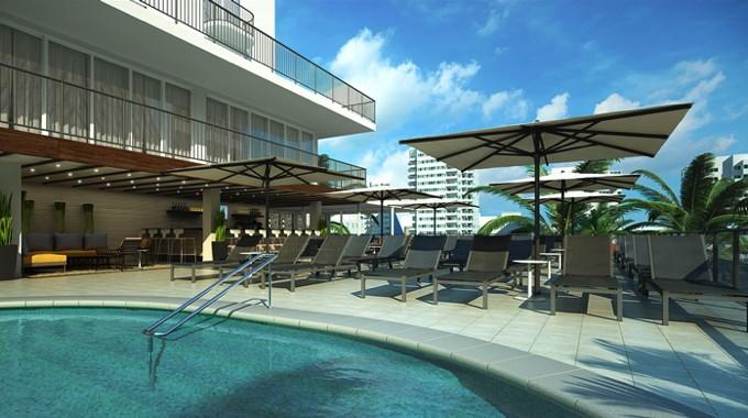 Hilton Garden Inn Waikiki Beach Hotel - Pool Deck