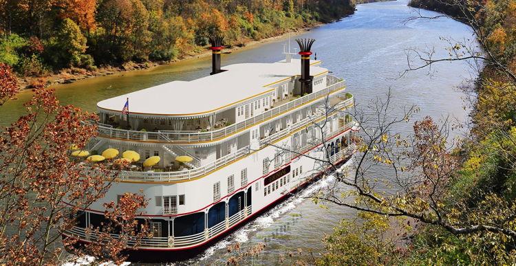 Louisiane U.S. River Cruise boat