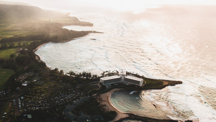 Aerial photo of Oahu - Unsplash - Epicurrence