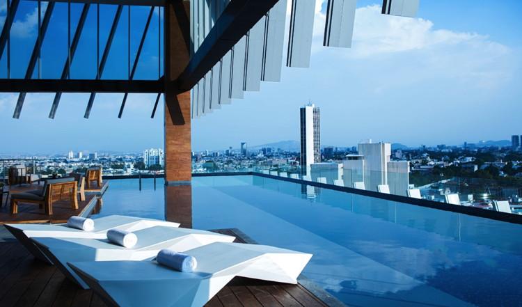 AC Hotel Guadalajara Pool
