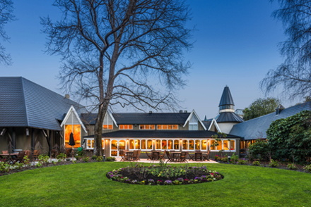 Chateau on the Park – Christchurch, a DoubleTree by Hilton Hotel