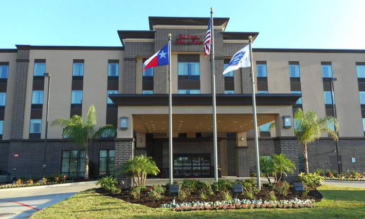 Hampton Inn & Suites by Hilton Houston I-10 West Park Row Hotel - Exterior