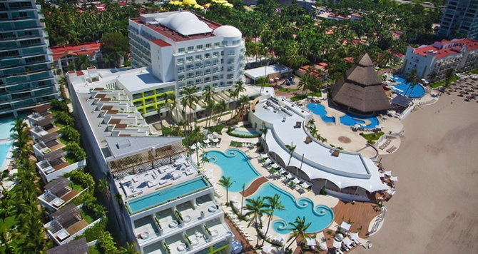 Hilton Puerto Vallarta Hotel - Aerial view
