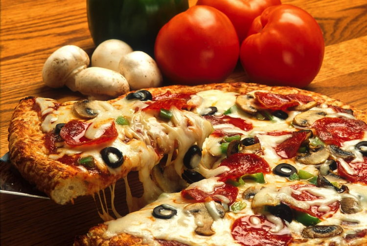 A Pizza Hut pizza