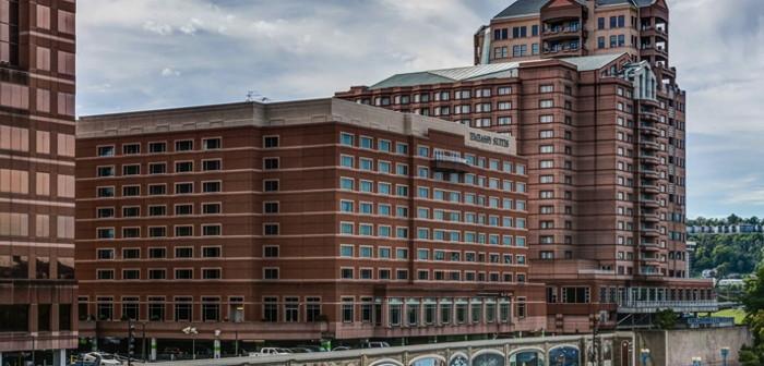 Embassy Suites by Hilton Cincinnati Rivercenter Hotel - Exterior