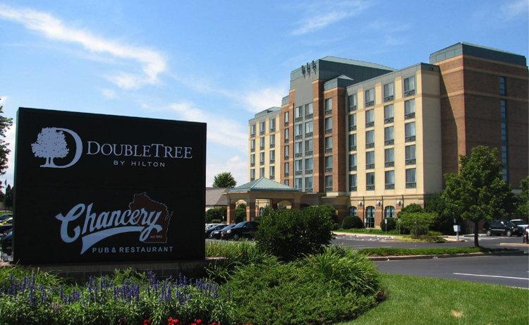 DoubleTree by Hilton Pleasant Prairie Kenosha Hotel - Exterior
