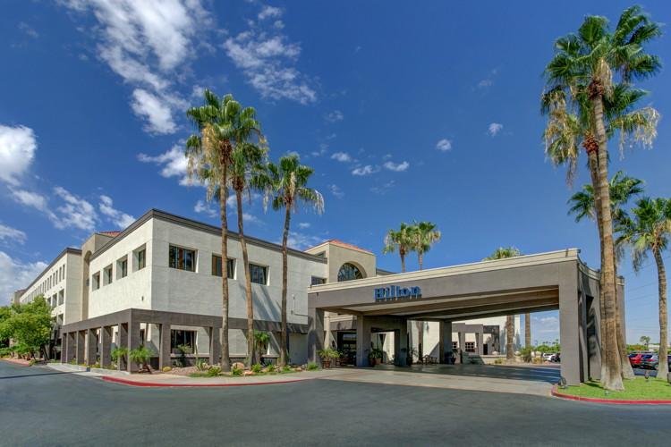 Hilton Phoenix Airport Hotel - Exterior