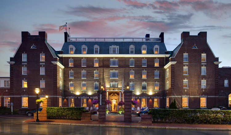 Davidson Hotels Adds Hotel Viking Newport to Portfolio