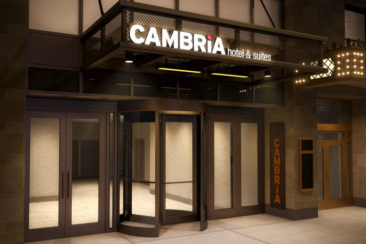 Cambria Hotel Chicago Loop – Theatre District - Entrance