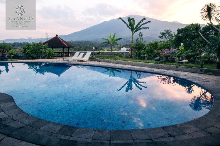AMANUBA Private Villa & Resort Ungaran - Pool