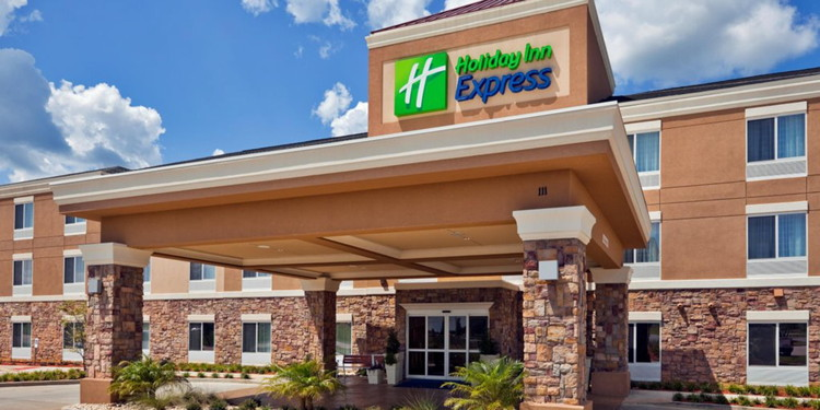 Holiday Inn Express Chesapeake, Virginia - Entrance