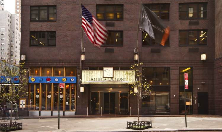 Dumont NYC Hotel - Entrance