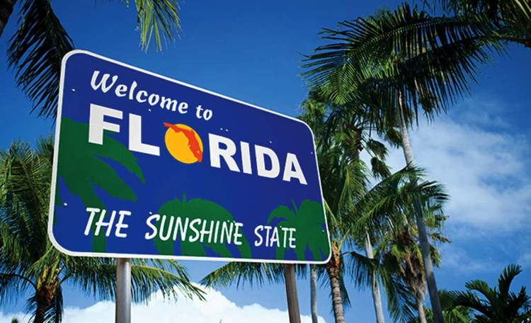 A Welcome to Florida sign