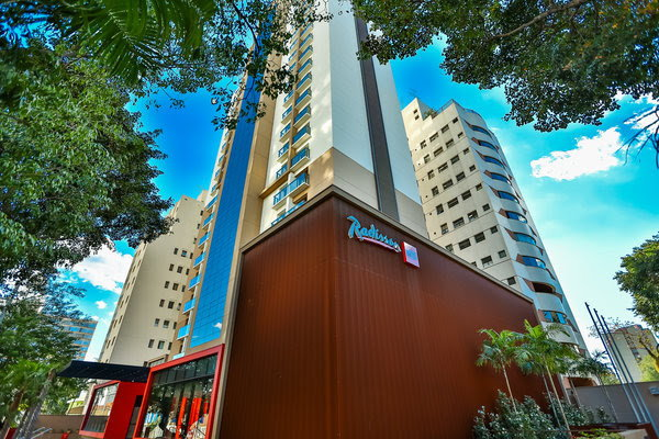 Radisson RED Campinas Hotel