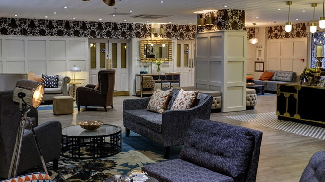 DoubleTree by Hilton York Hotel - Lobby