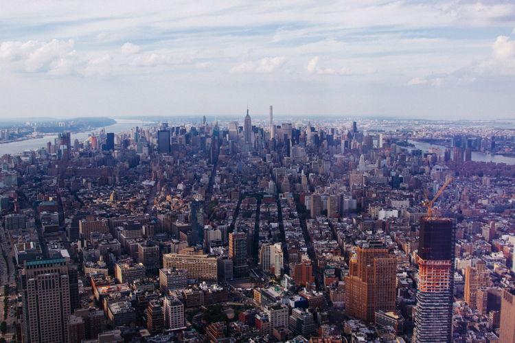 Aerialview of Manhattan - Photo by JULIAN ALEXANDER on Unsplash