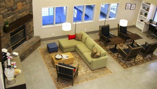 Country Inn & Suites By Carlson in Prineville, Oregon - Lobby