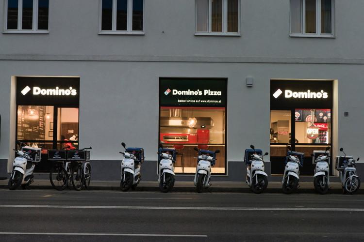 Domino's Store in Austria - Exterior