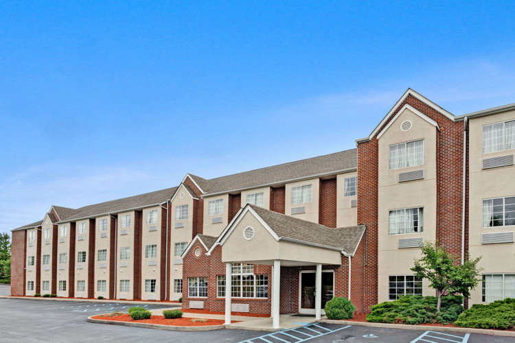 Microtel Inn & Suites, Florence, Kentucky - Exterior