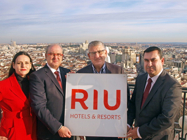 From left to right, Laura Malone, Communications Director, Senén Fornos, Sales Director for Spain, Latam and Mexico, Pepe Moreno, Executive Director and Carlos Guindos, Branding Director.