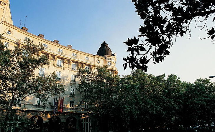 Hotel Ritz Madrid Closes for Restoration