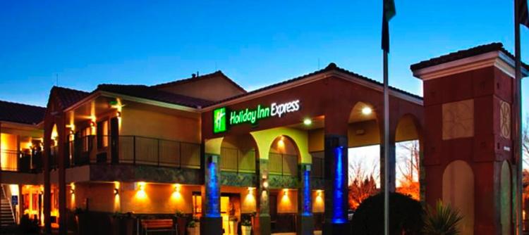 Holiday Inn Express® in Albuquerque, New Mexico - Exterior
