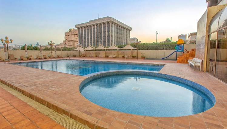 Riyadh Palace Hotel - Pool